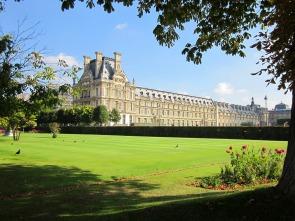 louvre-palace-1090031_1920