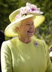 queen-63006_1920.jpg
